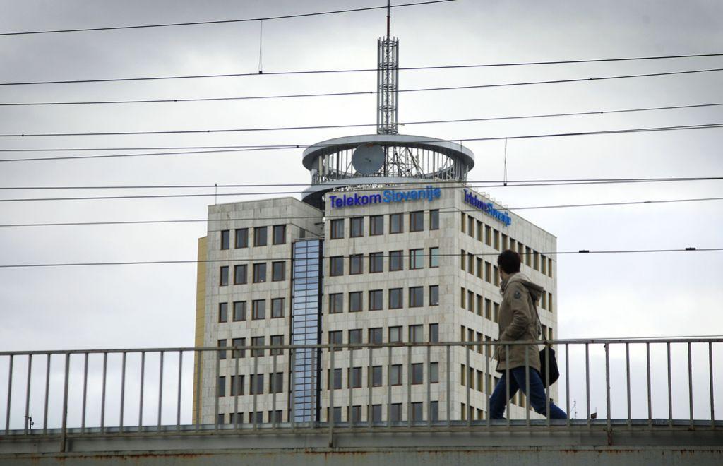 Telekom Slovenije kupil Debitel