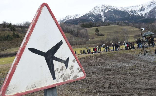 FRANCE-GERMANY-SPAIN-AVIATION-ACCIDENT-SEARCH