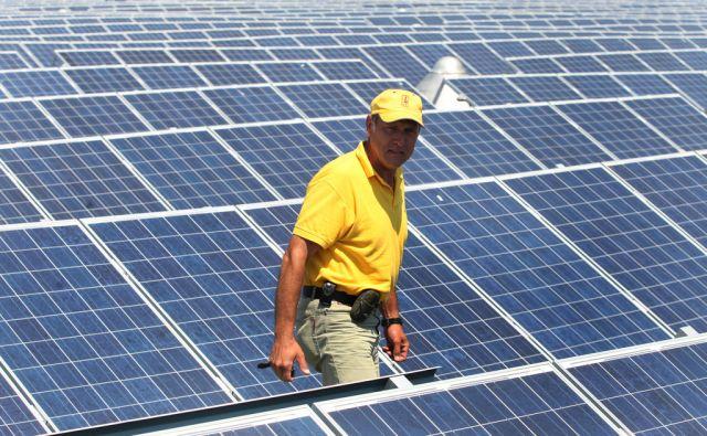 Slovenija, Maribor, 30.6.2010 - najvecja solarna centrala  foto:Tadej Regent/Delo