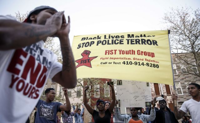 US-PROTESTERS-HOLD-VIGIL-AND-MARCH-OVER-DEATH-OF-FREDDIE-GRAY-AF