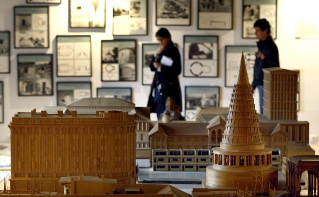 LJUBLJANA, 01.02. 2011, grad Fuine, odprti depoji arhitekture in oblikovanja. Foto: ALES CERNIVEC/Delo