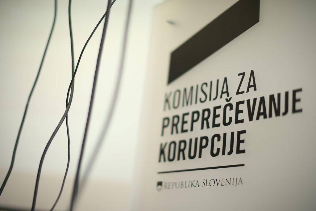 KPK podatkov o avtorskih honorarjih ni objavljala nezakonito