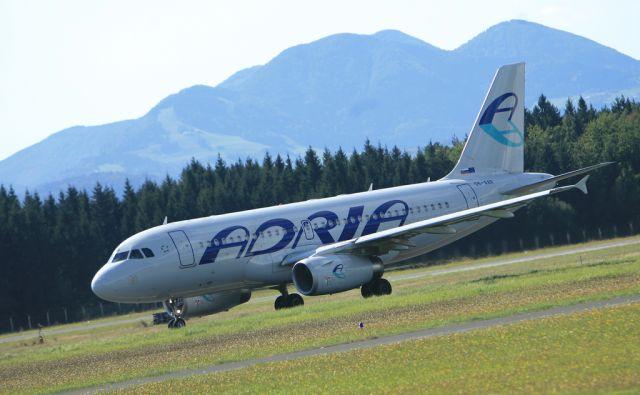 BRNIK SLOVENIJA 22.9.2011 ADRIA AIRWAYS FOTO UROS HOCEVAR