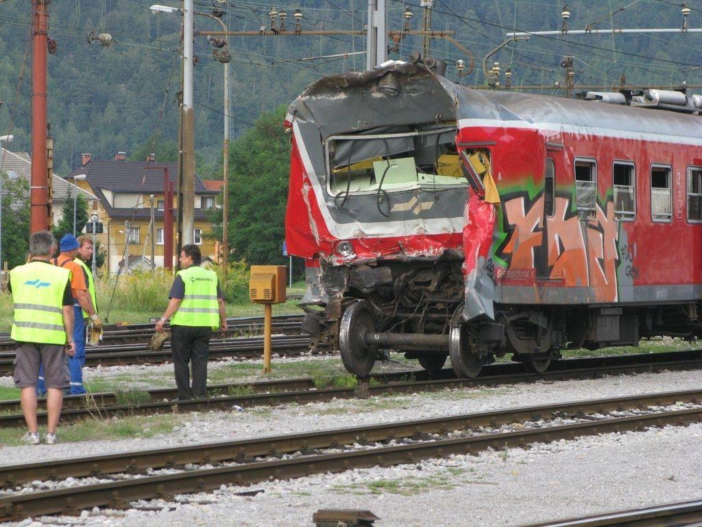 Švicarji še opravljajo analizo traku