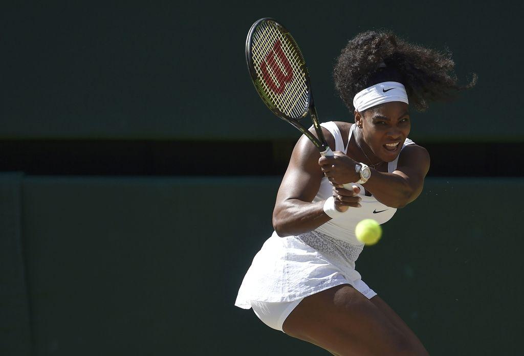 Serena s poškodovanim komolcem