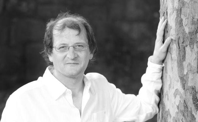 Pisatelj, prevajalec, filolog, profesor klasične grščine, urednik Brane Senegačnik. Ljubljana, 08,07,2015