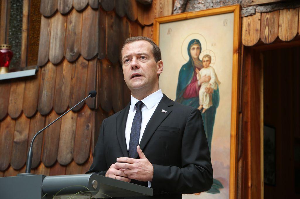 Ruski premier na pogovorih s slovenskim političnim vrhom