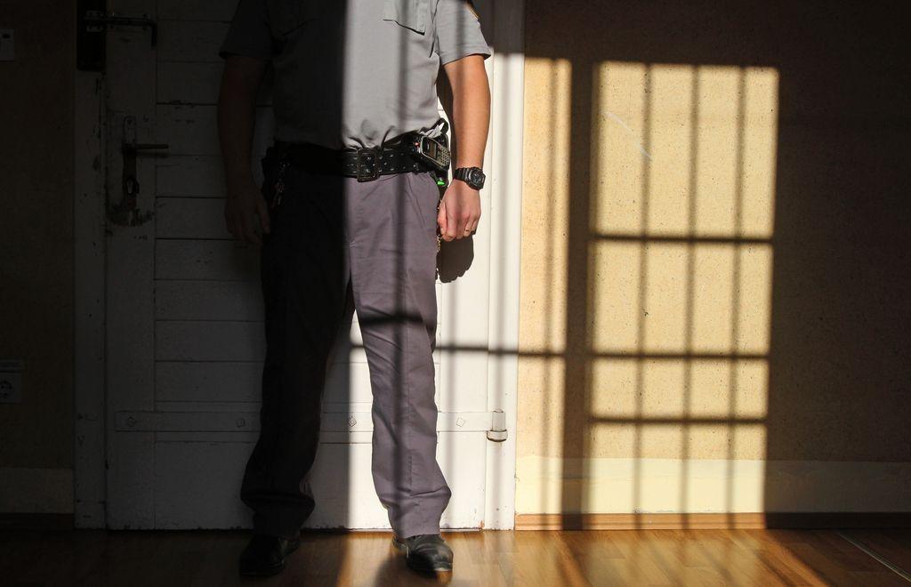 Dosmrtni zapor – izziv za politiko