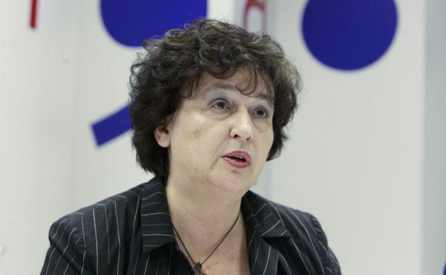 Julijana Bizjak Mlakar. Tiskovna konferenca Ministerstva za kulturo v Ljubljani, 15. julija 2015