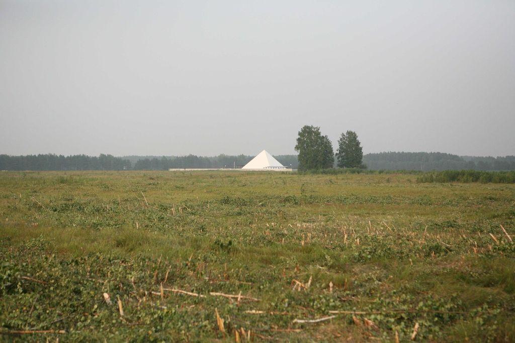Piramide sredi Sibirije so povod za nove poročne običaje