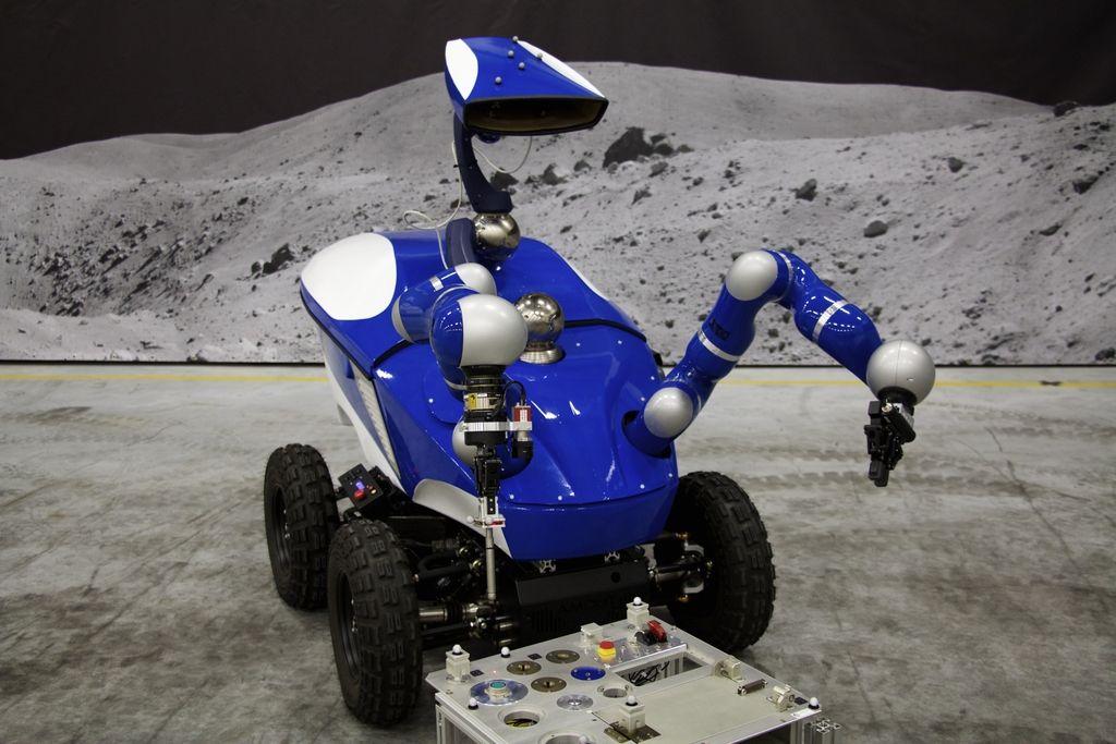 Robot je vestno izpolnil povelja z ISS