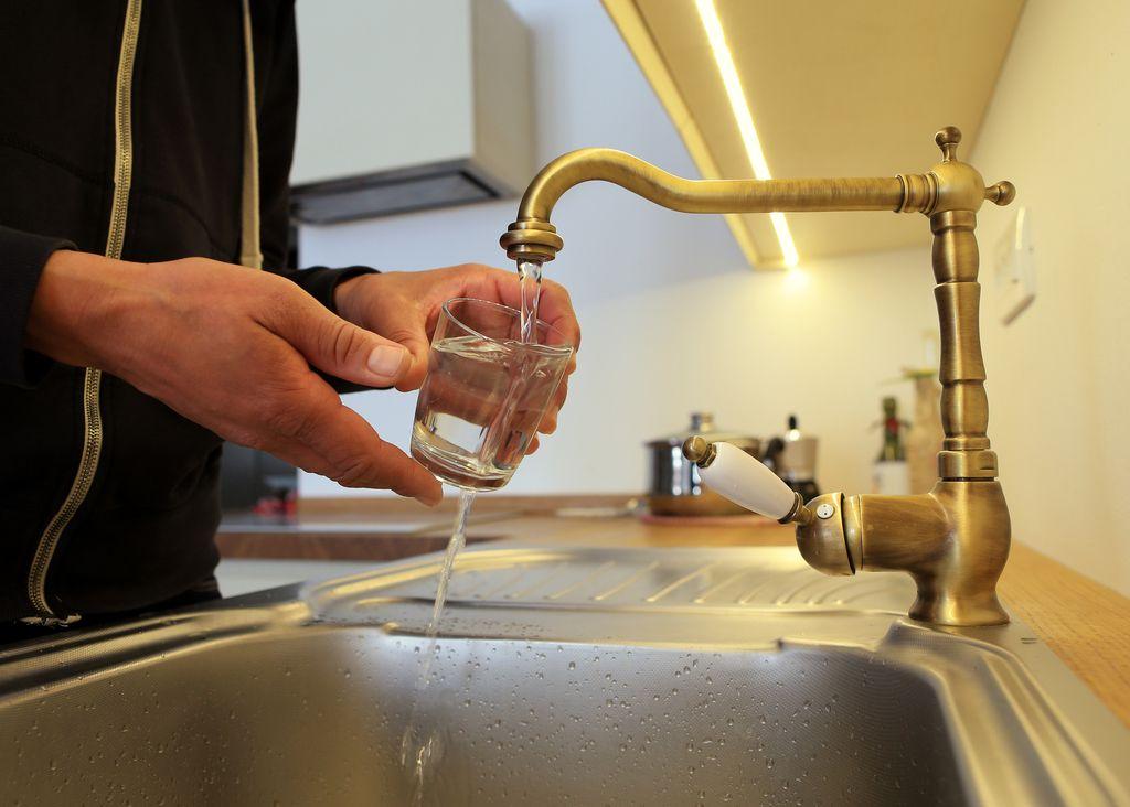 Dostop do pitne vode bo ustavna pravica