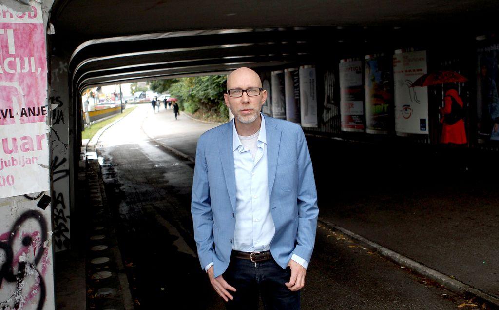 Osebno s Henrikom Brunom: Novinar, ki je dezertiral med pisatelje