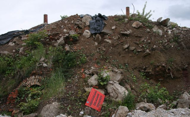 piano nevarni odpadki