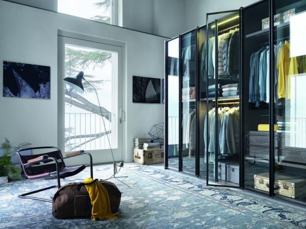 Deloindom: Vgradne omare - na zunaj izčiščene, znotraj razkošne