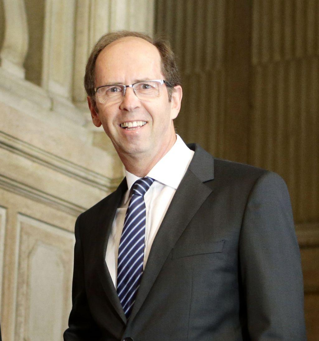 Davčna reforma: MF objavil tri zakone