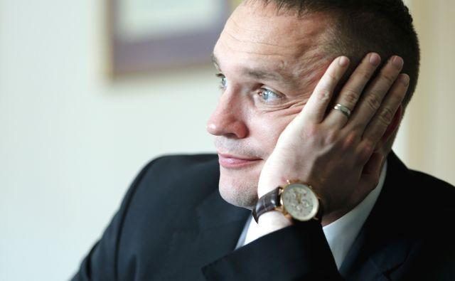 Predsednik NS NLB. Ljubljana, 11. november, 2015.[Gorazd Podbevšek,portreti,nadzorni sveti,NLB,predsedniki,finančne ustanove,banke]