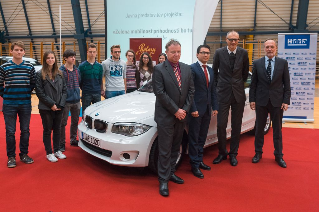 BMW idrijskim dijakom in inženirjem zaupal prihodnost
