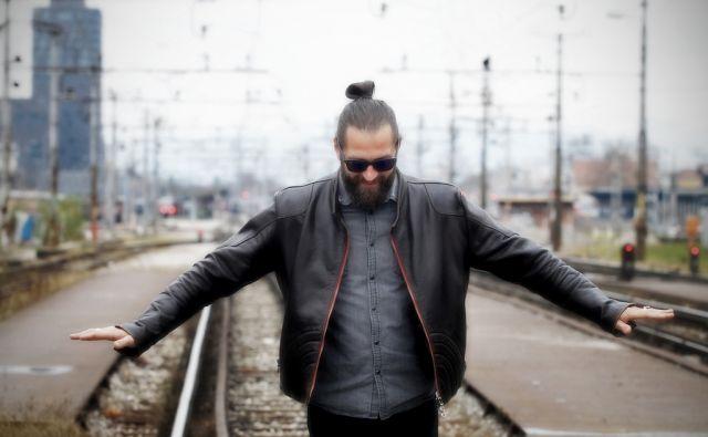 Matevž Šalehar - Hamo - glasbenik 25.novembra 2015 [Ljubljana,glasbeniki,izvajalci,Matevž Šalehar,Hamo]