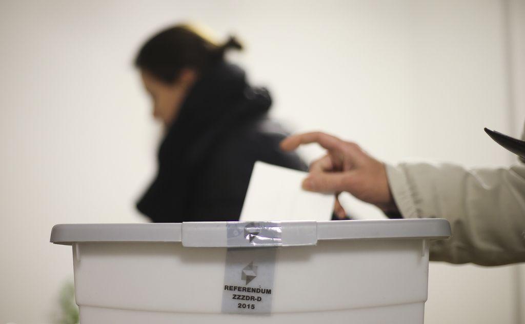 Zaenkrat 13 domnevnih kršitev volilnega molka