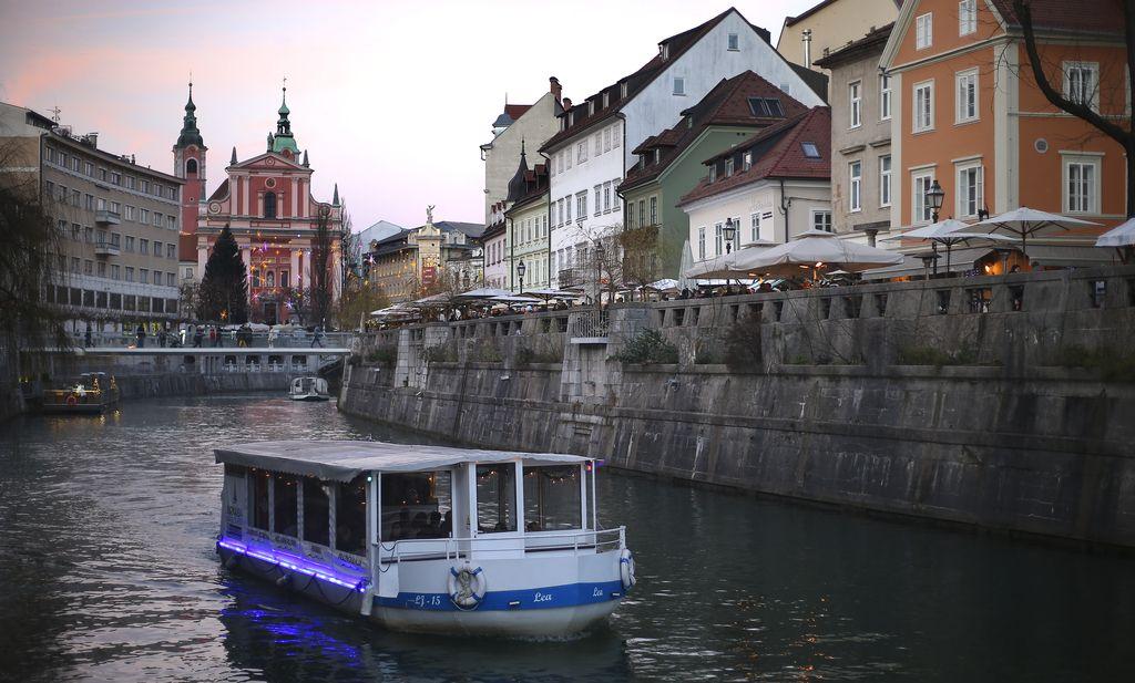 Slovenija med najbolj stabilnimi investicijskimi okolji