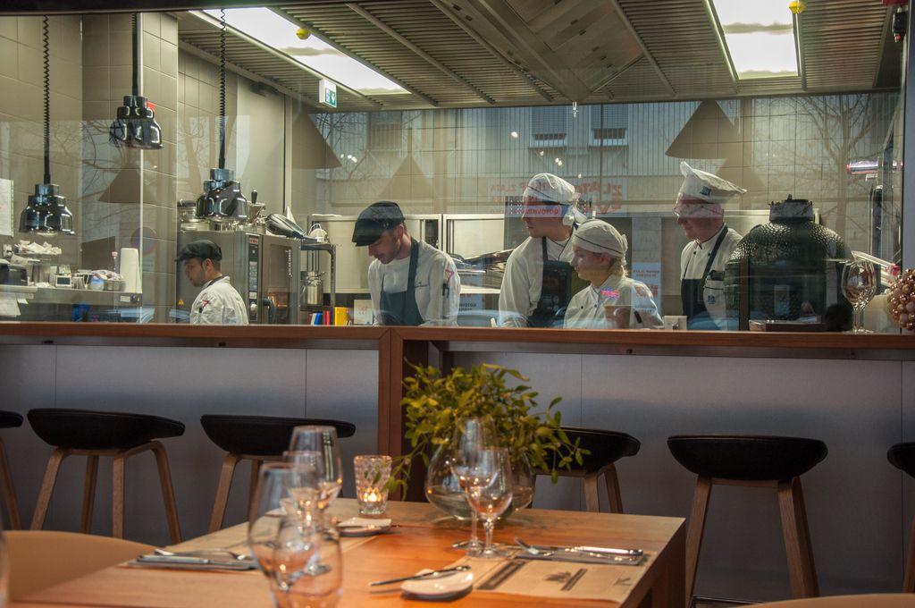Nedelo izbira: Restavracija Sedem, Maribor