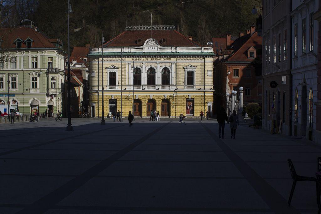 Disharmonija v Slovenski filharmoniji