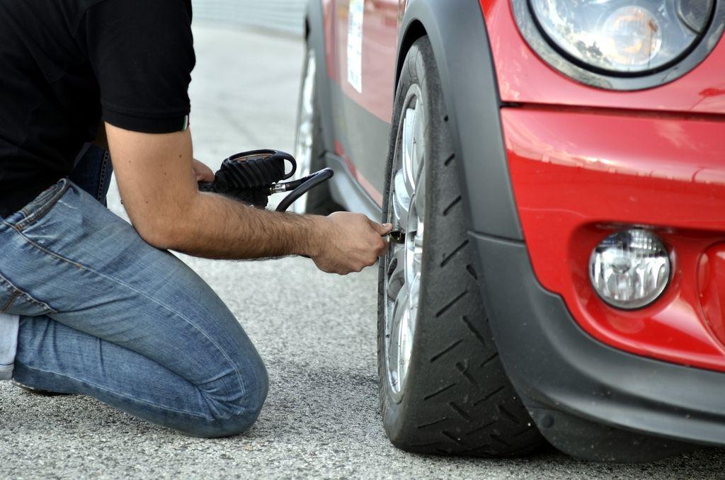 Kdaj ste preverili tlak v pnevmatikah?