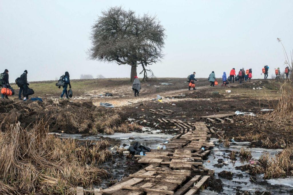 Evropska (stran)pota: Evropa na razpadajočem čolnu