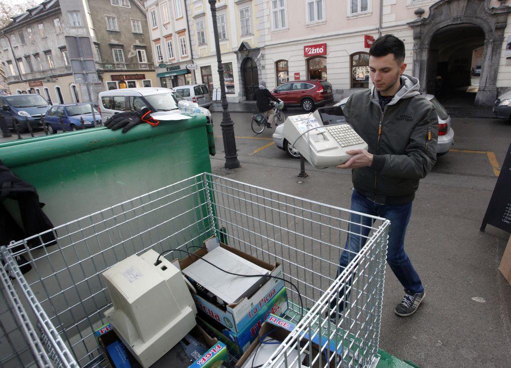 Snaga načrtuje alternativno trajnostno naravnano nakupovalno središče