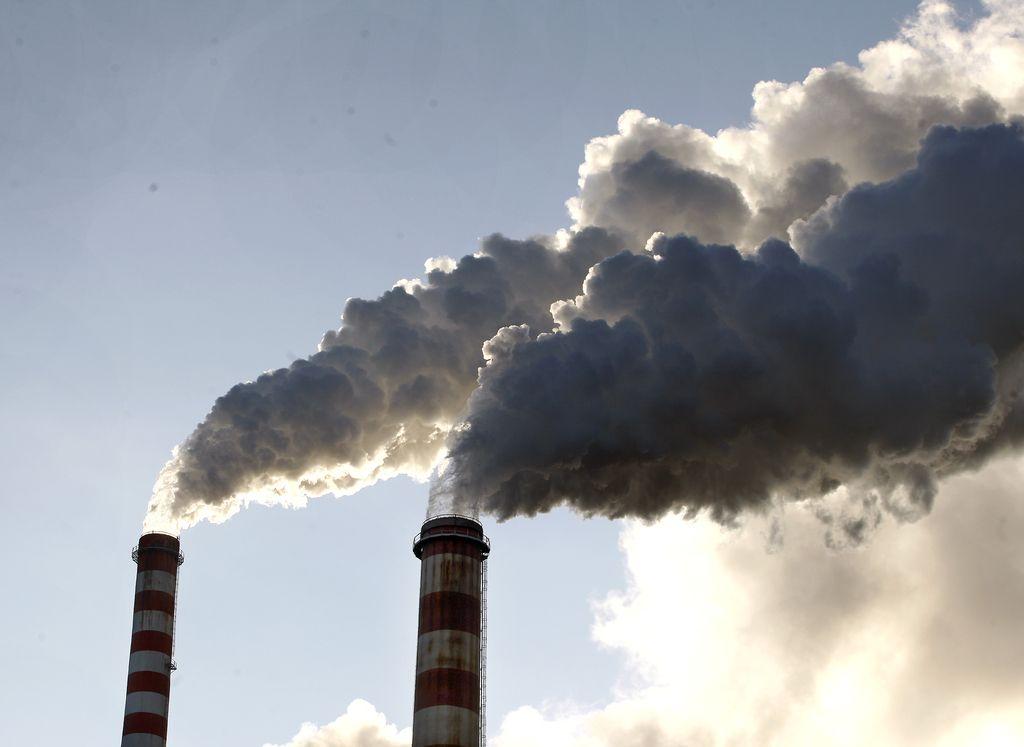 Vse emisije v Evropi bo treba zmanjševati hitreje