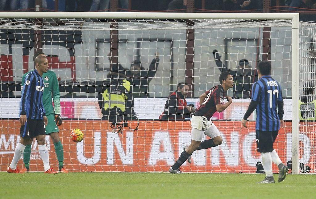 Milan na mestnem derbiju potolkel Inter