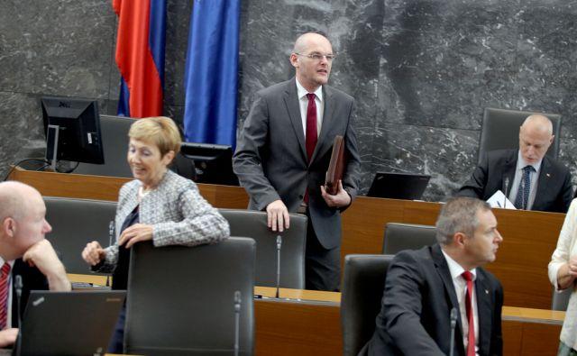 Minister za pravosodje Goran Klemenčič  v državnem zboru,Ljubljana Slovenija 21.09.2015 [Politika]