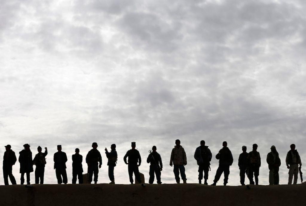 Sindikati obrambnega resorja zavrnili predlog novega obrambnega zakona