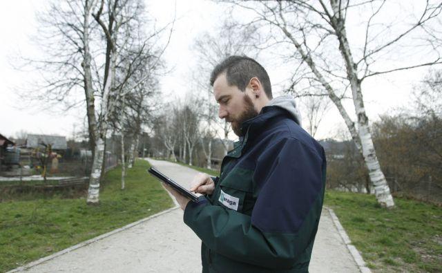 Snaga in urejanje ljubljanskih zelenih površin, Ljubljana, 25. februar 2016 [Snaga,vrtnarji,obrezovanje,Ljubljana,urejanje]