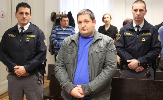 Izrek sodbe Željku Petroviču Ljubljana 10.3.2016 [sodišče]