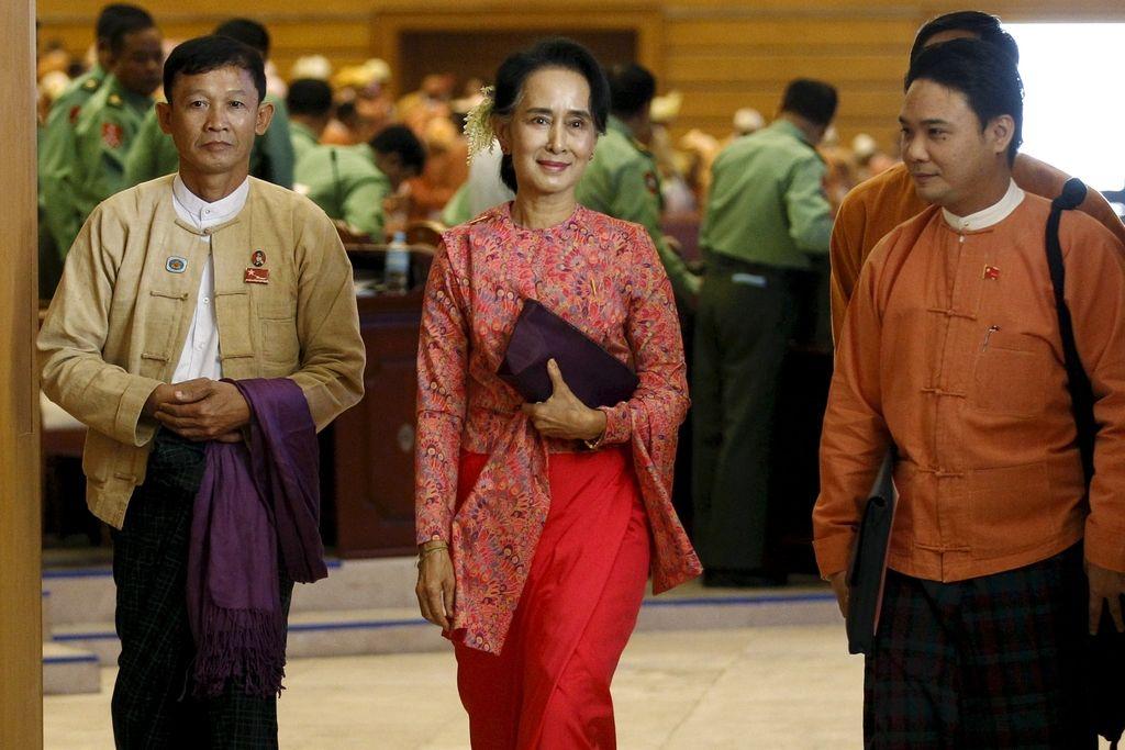 Kandidat za burmanskega predsednika tesen sodelavec Aung San Su Kji