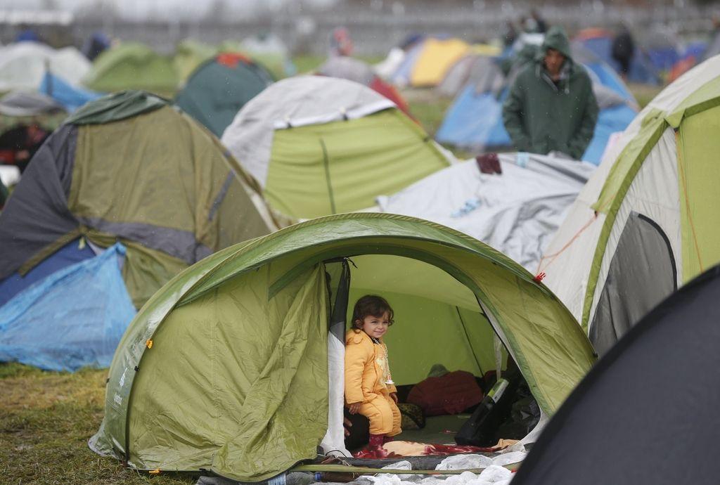 V pripravi zračni most za begunce iz Turčije