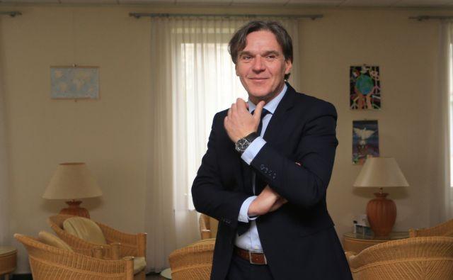 DAVID KASTELIC
