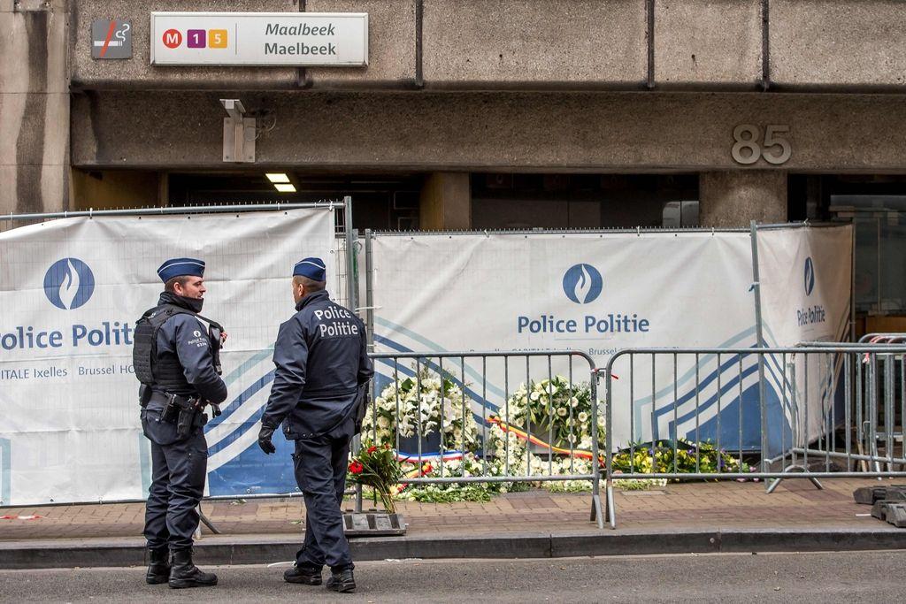 V Belgiji iščejo še drugega domnevnega napadalca na podzemno železnico