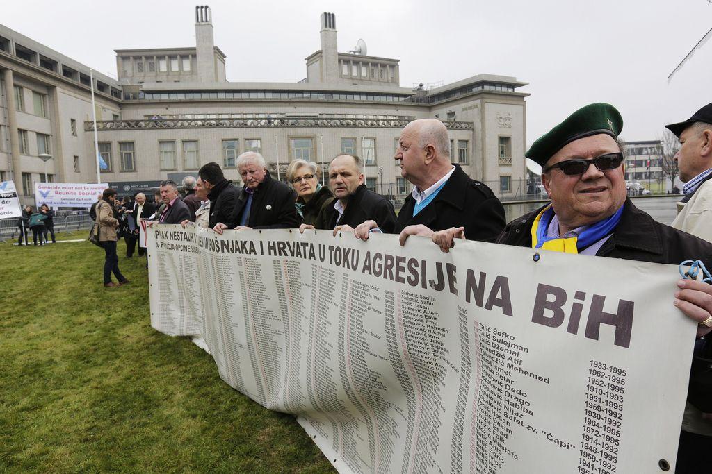 Srebreniške žrtve so bile »blago za skladiščenje«