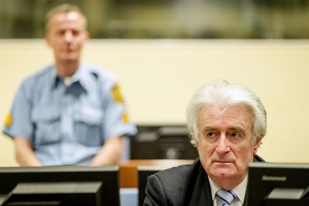 Sodba Karadžiću − bolje prepozno kot nikoli