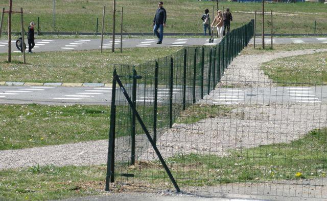 Lucija Park Sonce -ograja
