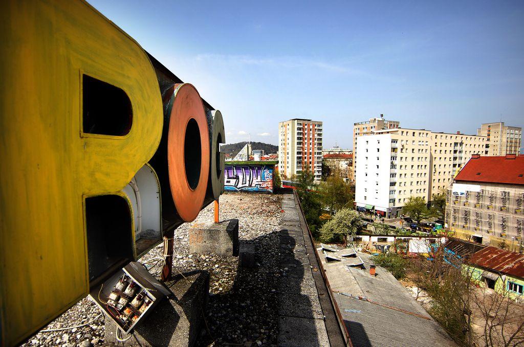 Rogovci v boj proti še eni mestni gradbeni jami