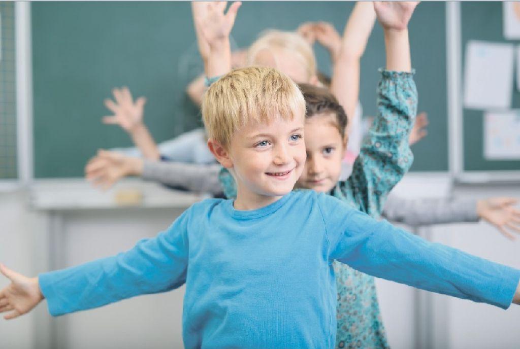 Otroci se bolje učijo, če niso povsem pri miru