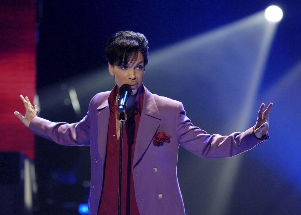 Prince umrl zaradi opiatov