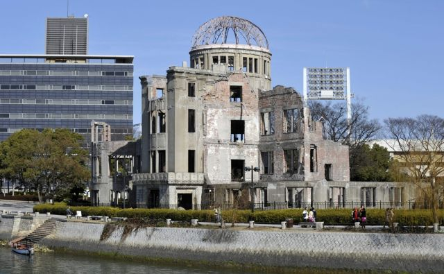 FILES-US-POLITICS-HISTORY-HIROSHIMA-JAPAN-VIETNAM