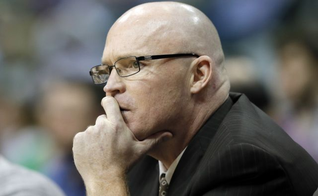 Magic Skiles Resigns Basketball