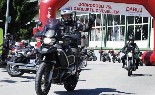 Motoristi darovali kri, Hrastnik 4. junija 2016 [motoristi,kri,Hrastnik,darovanje]