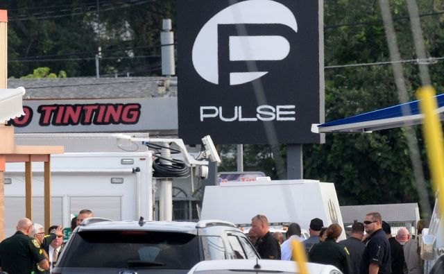 US-AT-LEAST-20-DEAD-IN-MASS-SHOOTING-AT-ORLANDO-GAY-NIGHTCLUB